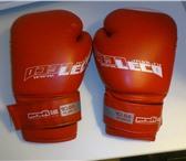 Foto в Спорт Спортивная одежда Продам перчатки боксерские LECO 10 унц отличное в Старом Осколе 700