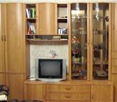 Фото в Мебель и интерьер Мебель для гостиной Продаю стенку светлая б/у, состояние отличное в Кургане 20000